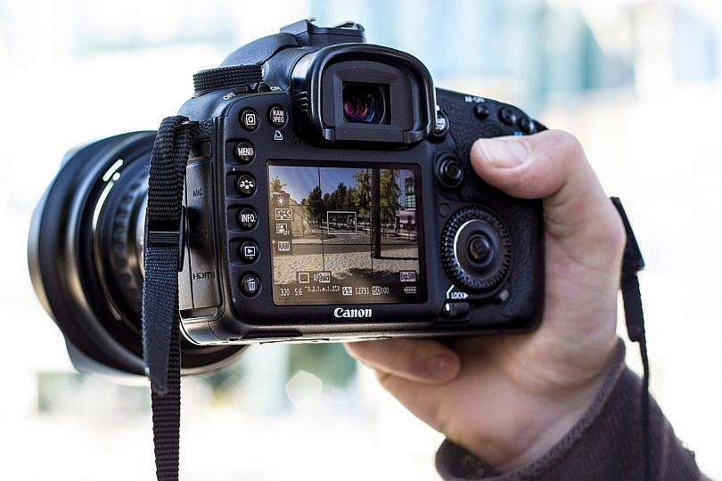 errores camara reflex comprar 810x540 - Curso de fotografía